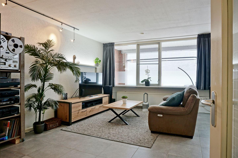 Bekijk foto 2 van Magazijnstraat 24