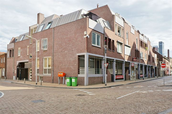 Magazijnstraat 24