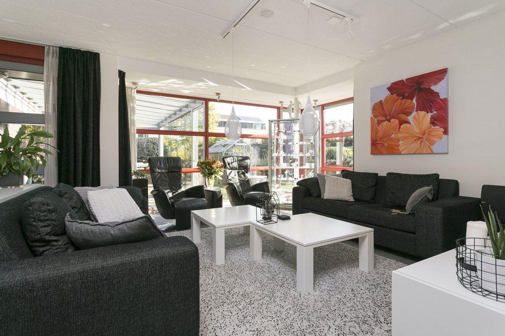 Bekijk foto 3 van Wijnkersstraat 1