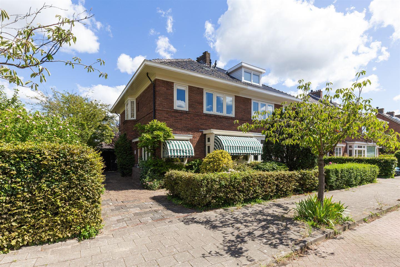 Bekijk foto 1 van Minister Cort van der Lindenstraat 1
