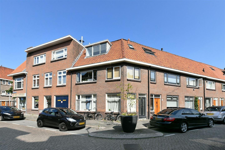 Bekijk foto 1 van Jacob van der Borchstraat 74 B