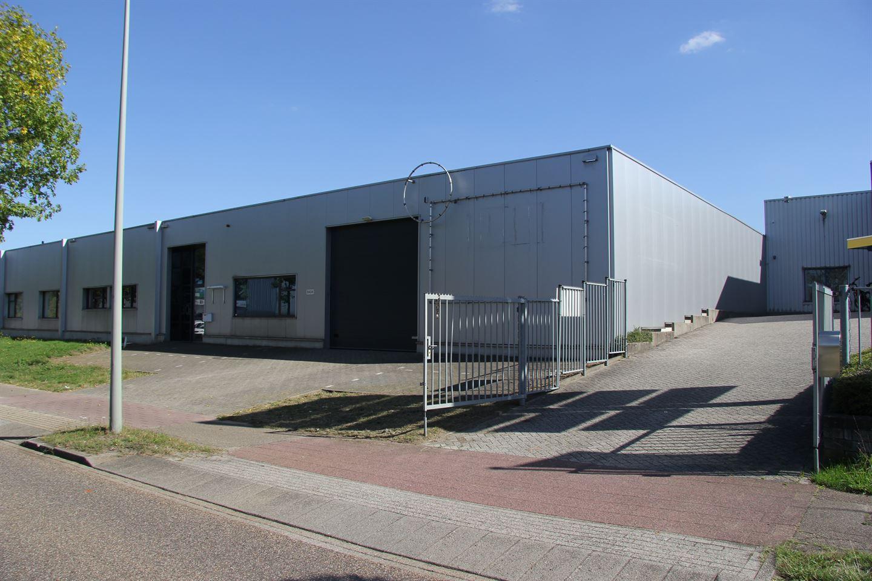 Bekijk foto 2 van Wijngaardsweg 30 -32A