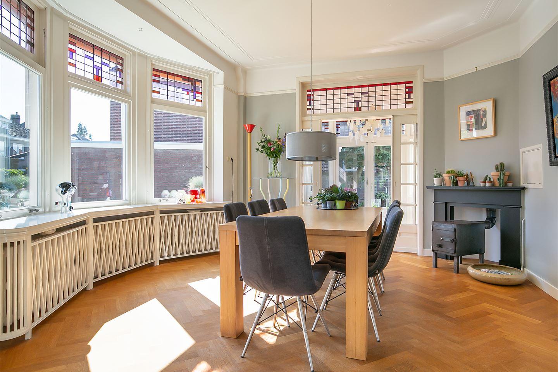 Bekijk foto 3 van Diepenbrockstraat 9