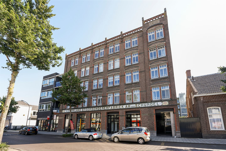 Bekijk foto 1 van Anna van Burenstraat 80 c