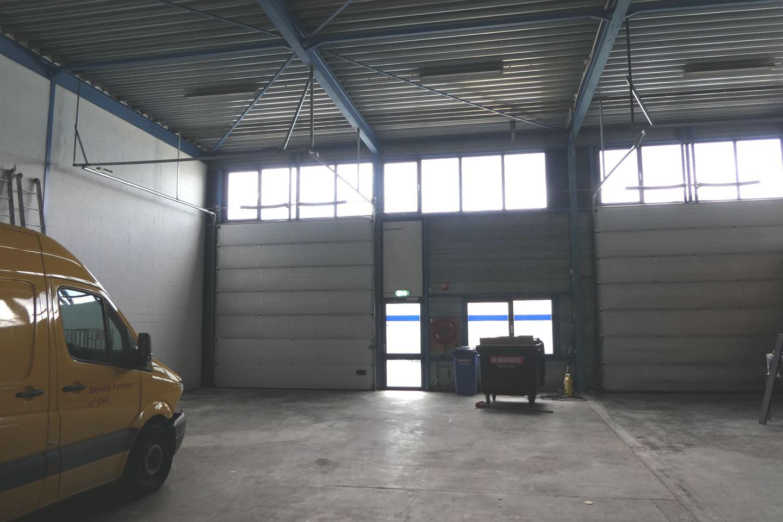Bekijk foto 3 van Terminalweg 21 A