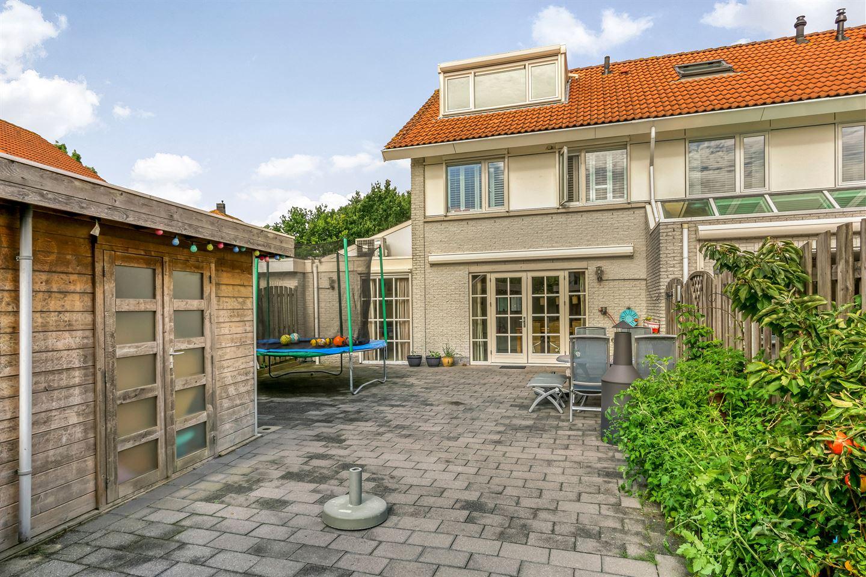 Bekijk foto 2 van Renoirhof 49