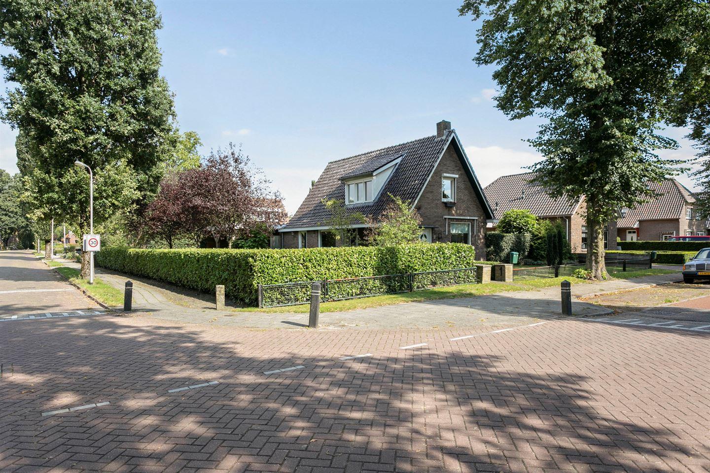 Bekijk foto 1 van Kloosterdijk 81