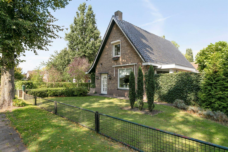 Bekijk foto 4 van Kloosterdijk 81