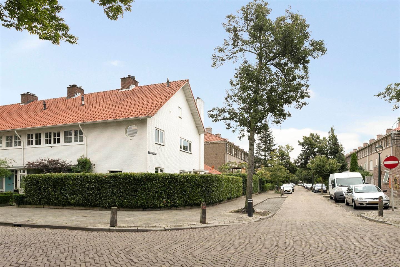 Bekijk foto 2 van St Hubertusstraat 1