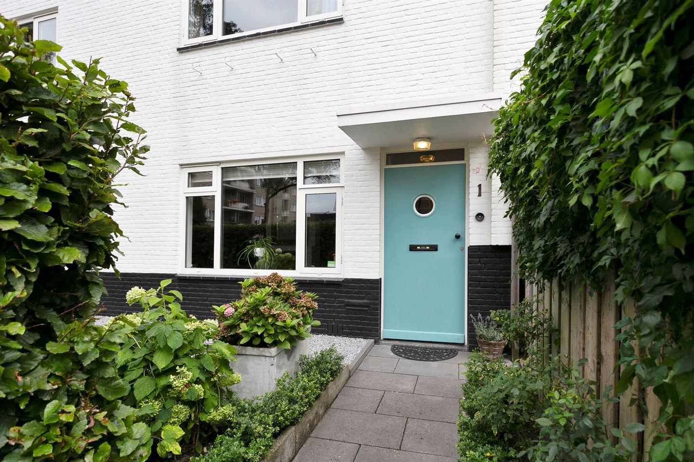 Bekijk foto 3 van St Hubertusstraat 1