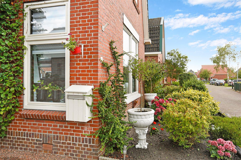 Bekijk foto 2 van Middenstraat 19 *