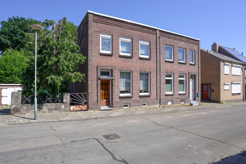 Bekijk foto 1 van Prins Hendrikstraat 46