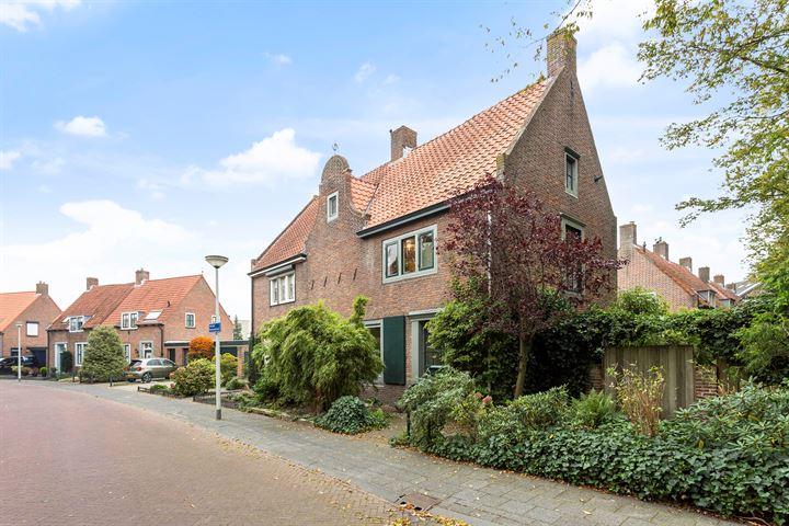 Adriaan Poirtersstraat 2