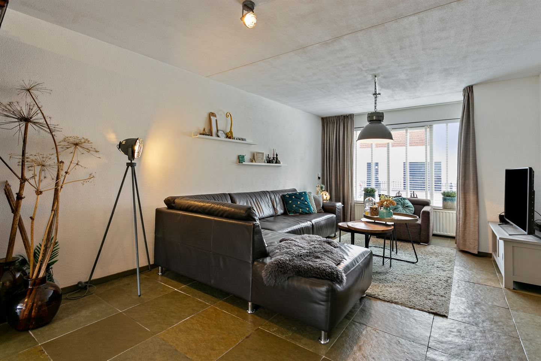 Bekijk foto 2 van Voorstraat 102