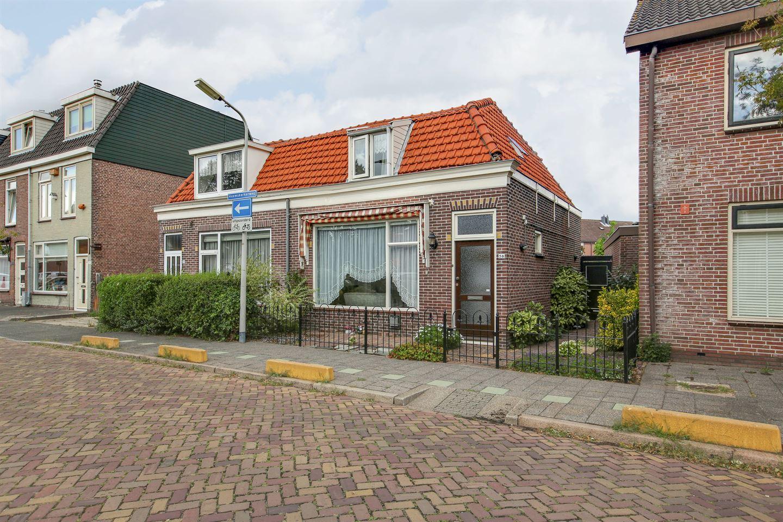 Bekijk foto 1 van Heemskerkerweg 58
