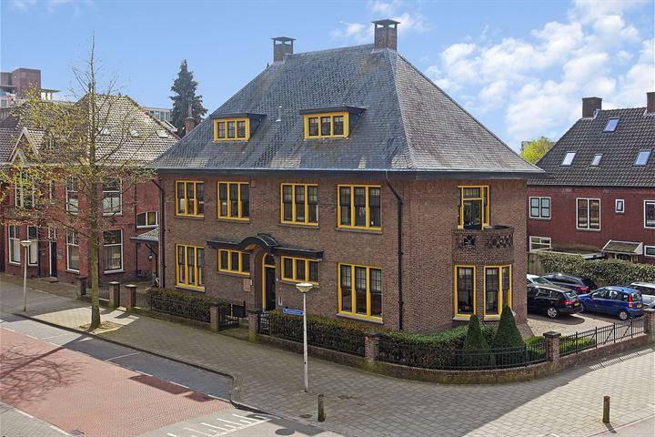 Bisschopstraat 55