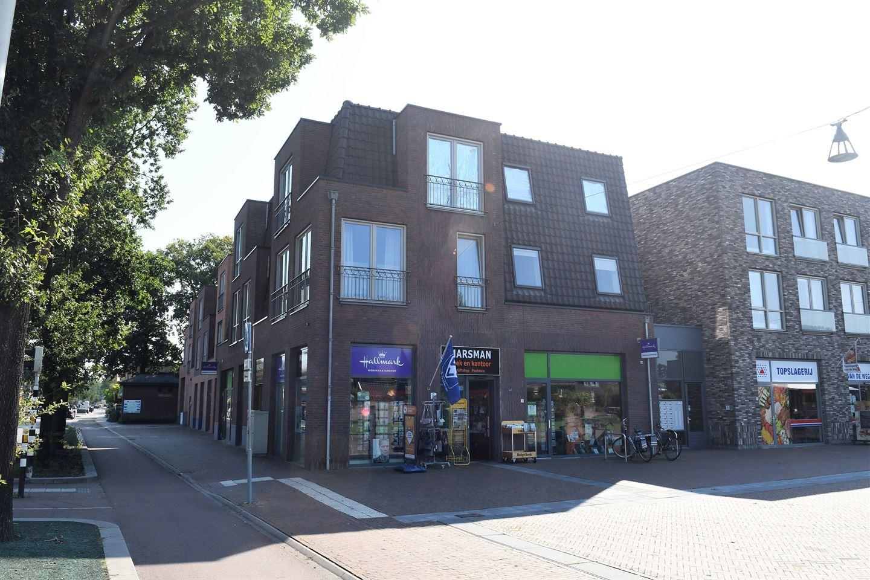 Bekijk foto 1 van Centrumplein 1