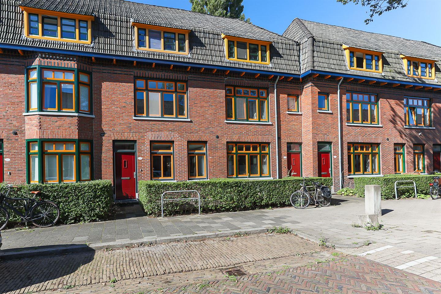 Bekijk foto 1 van Gerbrand Bakkerstraat 20