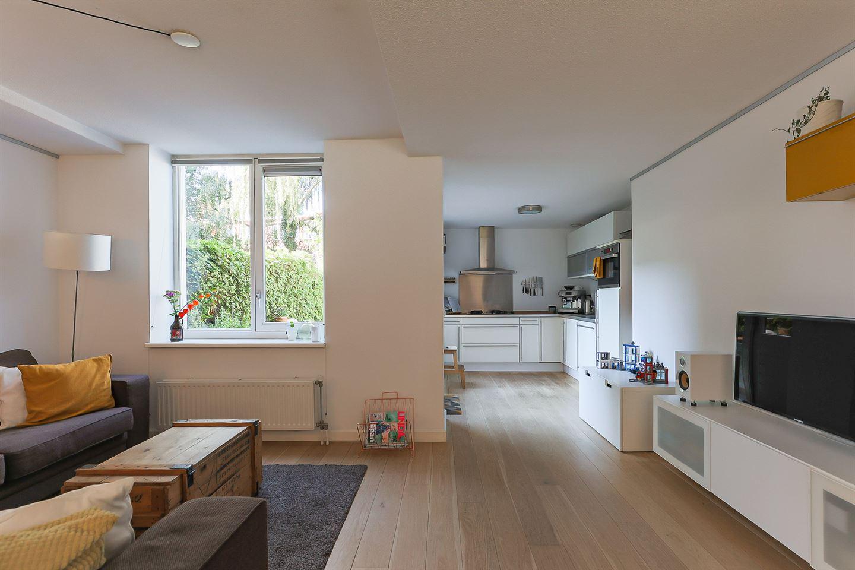 Bekijk foto 2 van Gerbrand Bakkerstraat 20
