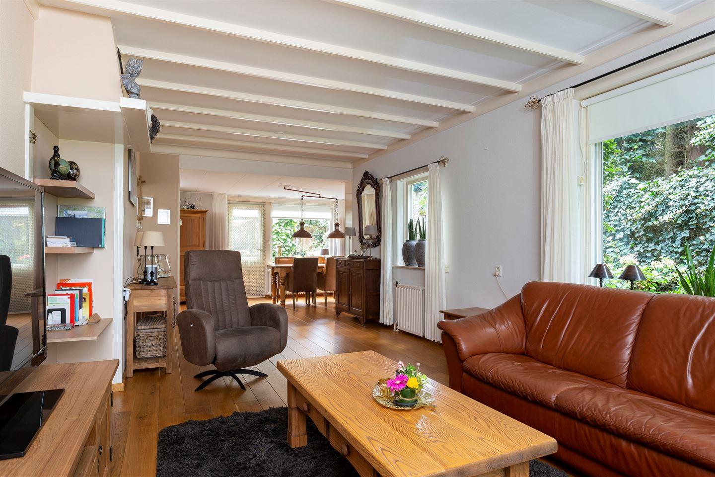 Bekijk foto 5 van Burgemeester van der Borchstraat 39