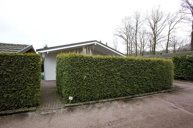 Bekijk foto 2 van Coevorderweg 27 -77