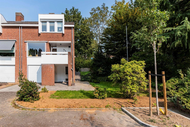 Bekijk foto 2 van Douve Weienstraat 31