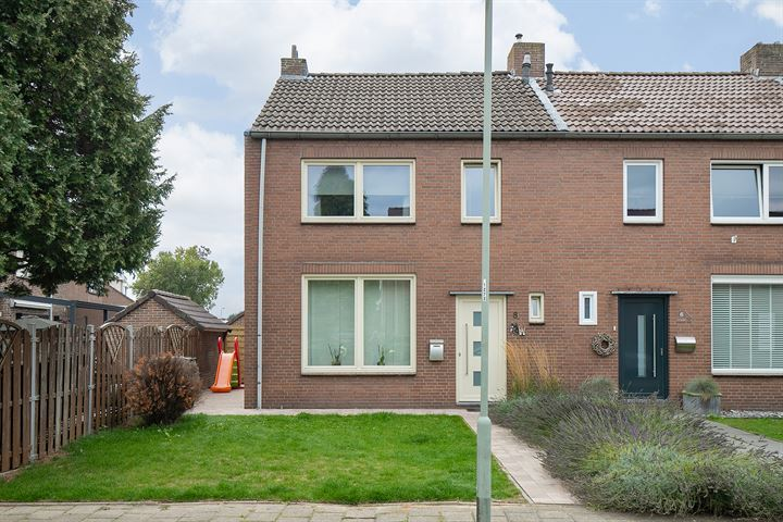 Johan Evertsenstraat 8