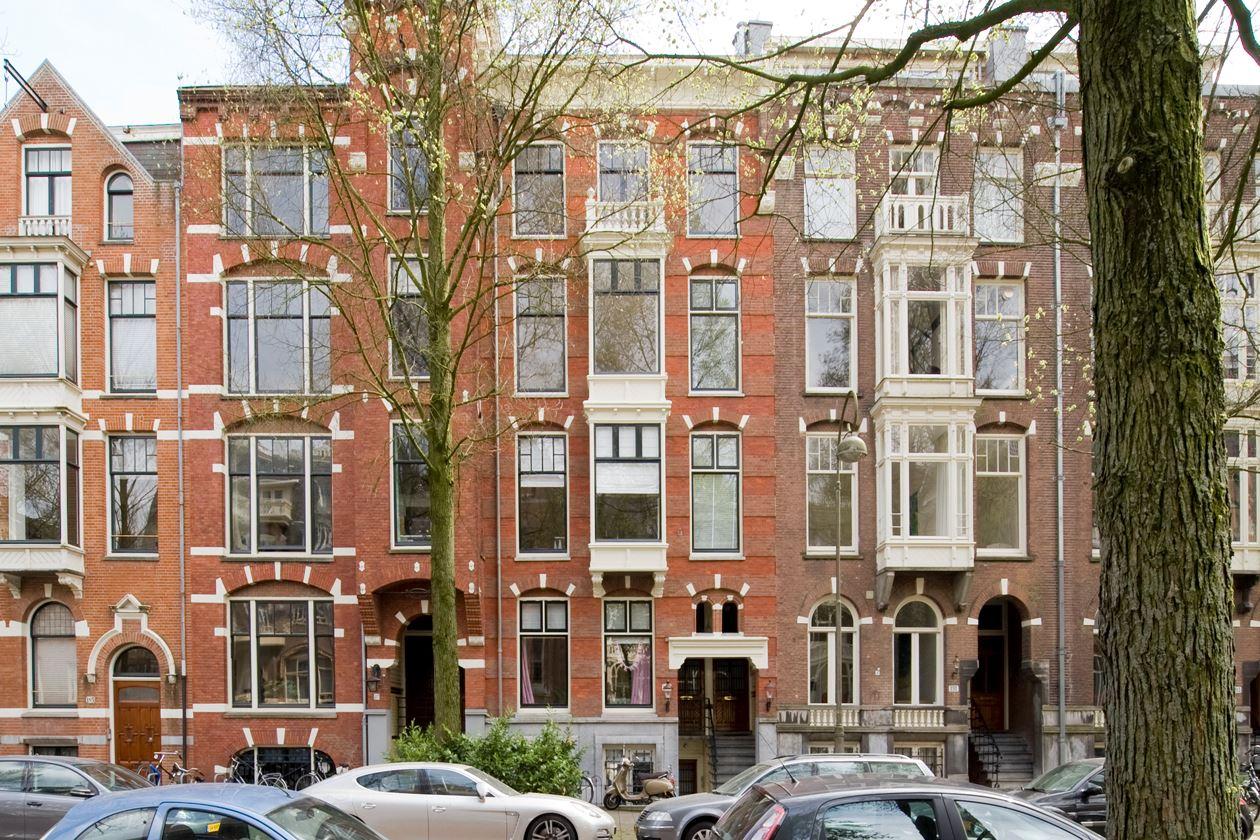Bekijk foto 1 van Van Eeghenstraat 189 II
