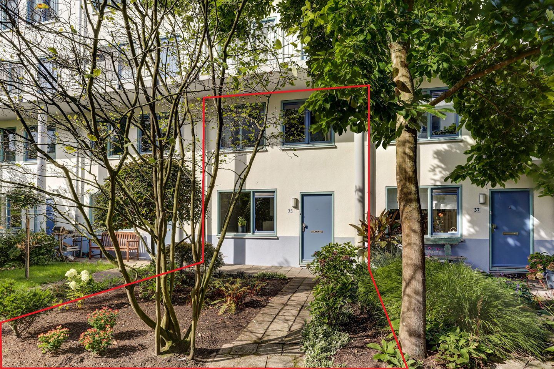 Bekijk foto 1 van Tomas Masarykstraat 35