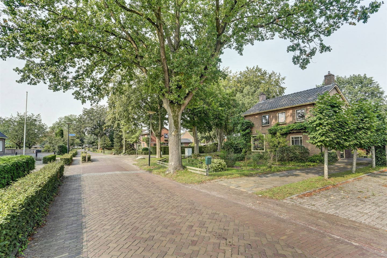 Bekijk foto 3 van Burgemeester Tonckensstraat 18