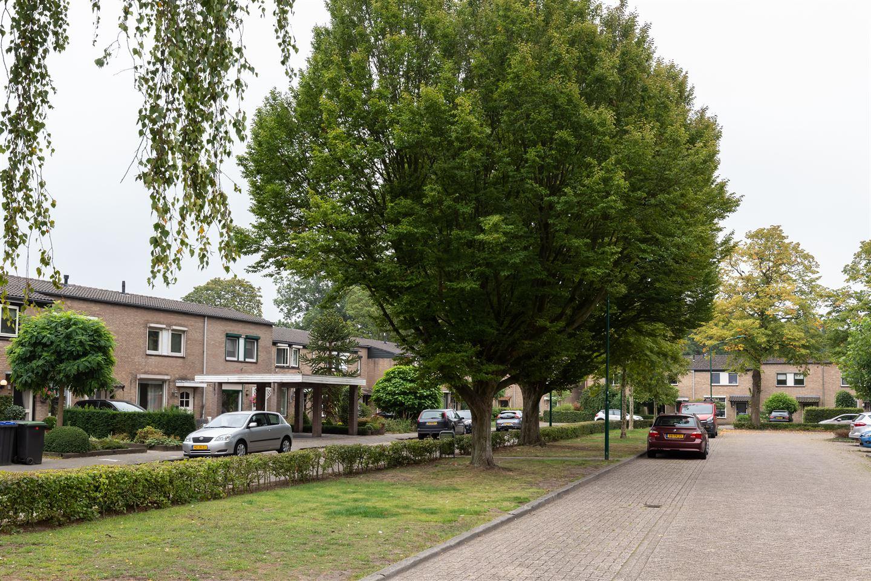 Bekijk foto 2 van Luxemburglaan 5