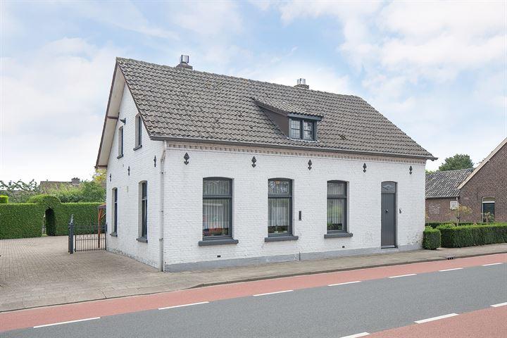 Mgr Aertsstraat 28