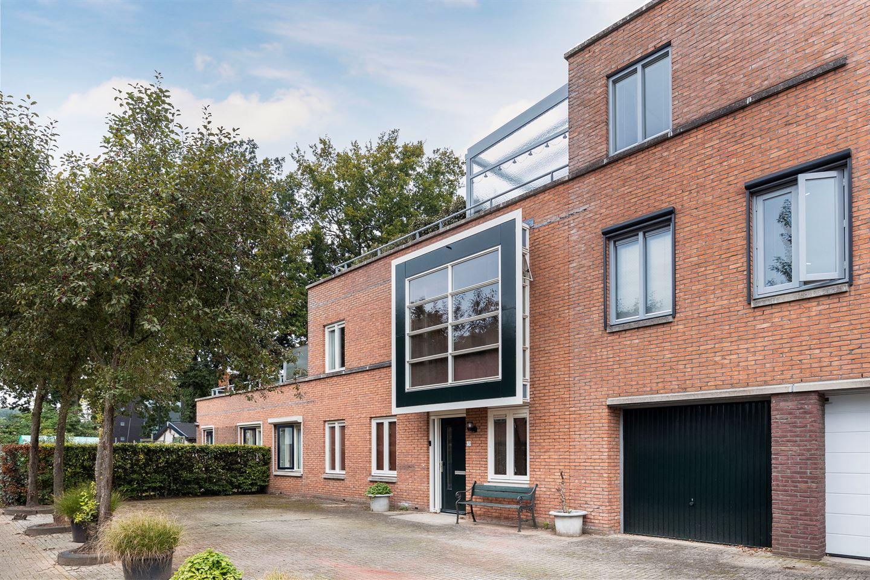 Bekijk foto 1 van Richard Holstraat 3