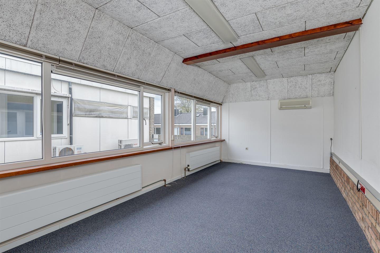 Bekijk foto 2 van Notaris Kruytstraat 36