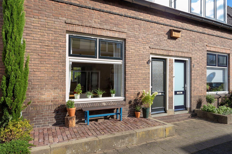 Bekijk foto 2 van Rembrandtstraat 11