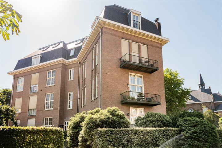 Joh.M. Coenenstraat 44