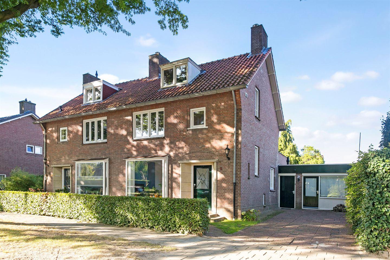 Bekijk foto 2 van Prof. Dondersstraat 5