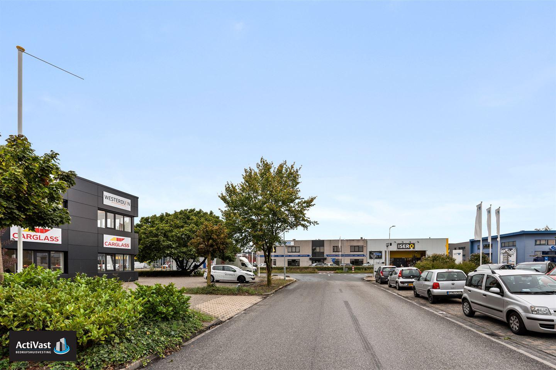 Bekijk foto 2 van Max Planckstraat 2