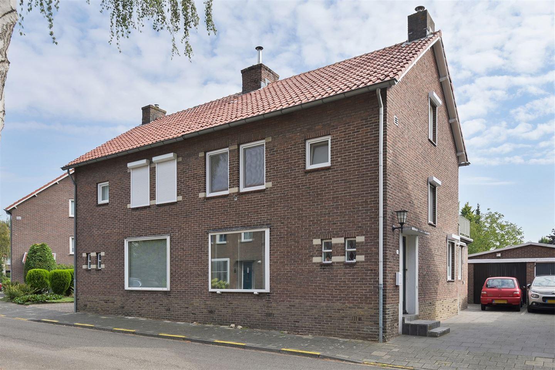 Bekijk foto 2 van Bollenstraat 23