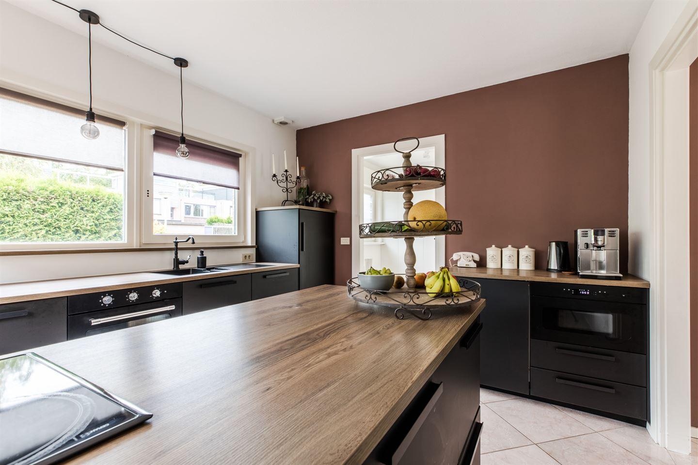 Bekijk foto 3 van Jan van Eyckstraat 104