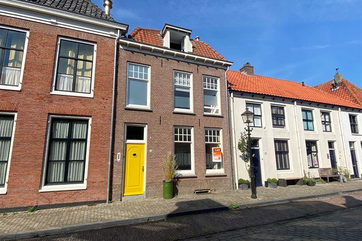 Kerkstraat 14