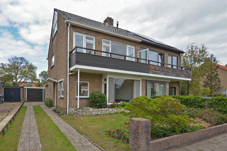 Bekijk foto 2 van Huis te Wissenlaan 23