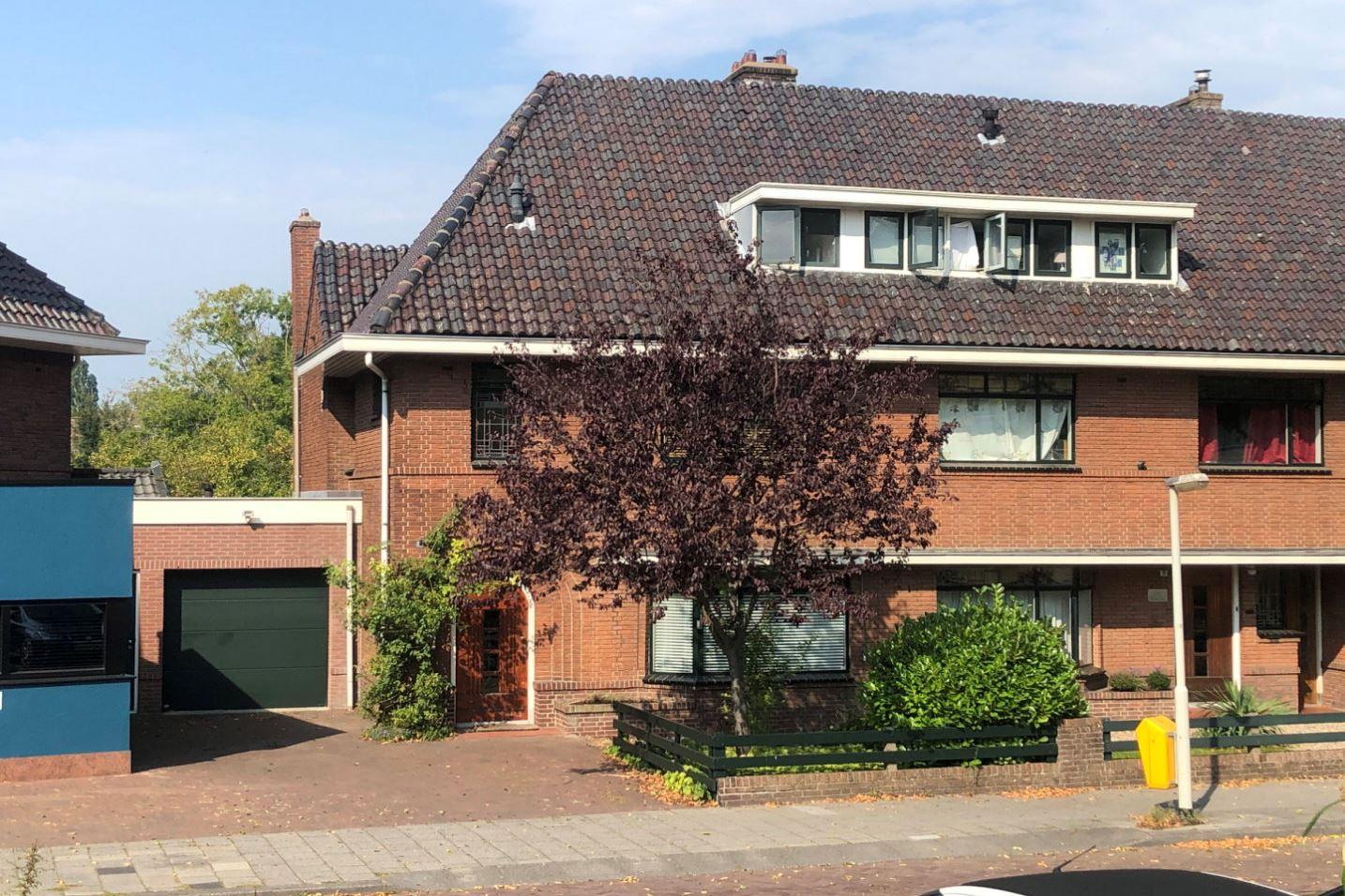 Bekijk foto 1 van W. de Vries Robbéweg 1