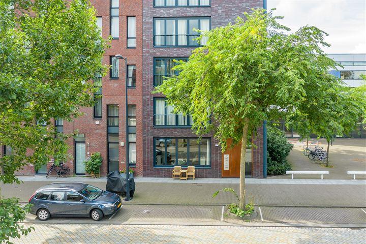 Erich Salomonstraat 436