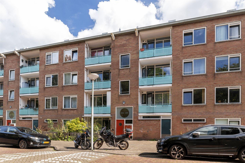 Bekijk foto 2 van Schoorlstraat 200