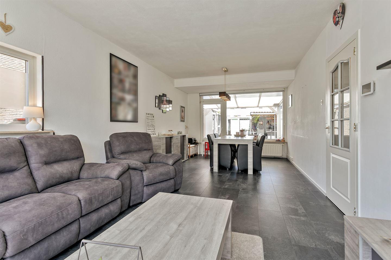 Bekijk foto 3 van Spaarlingsstraat 9