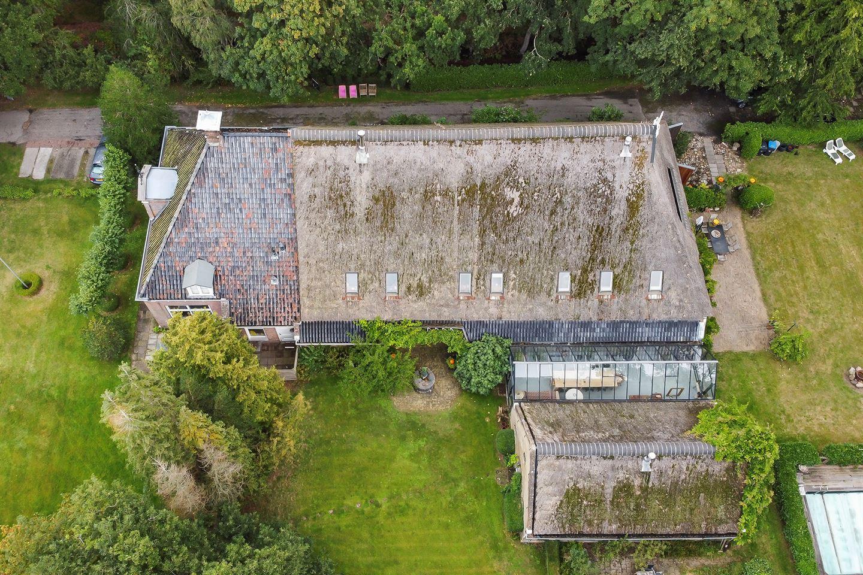 View photo 3 of Van Harinxmaweg 4