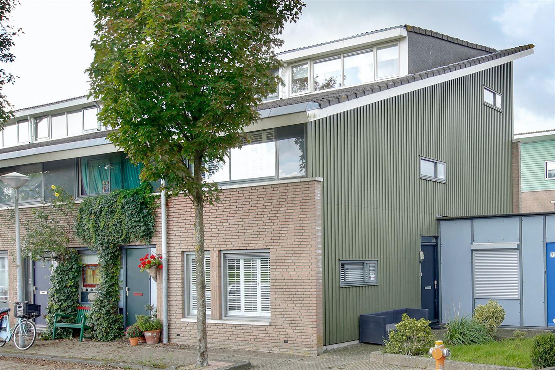 Bekijk foto 1 van Herentalsstraat 72