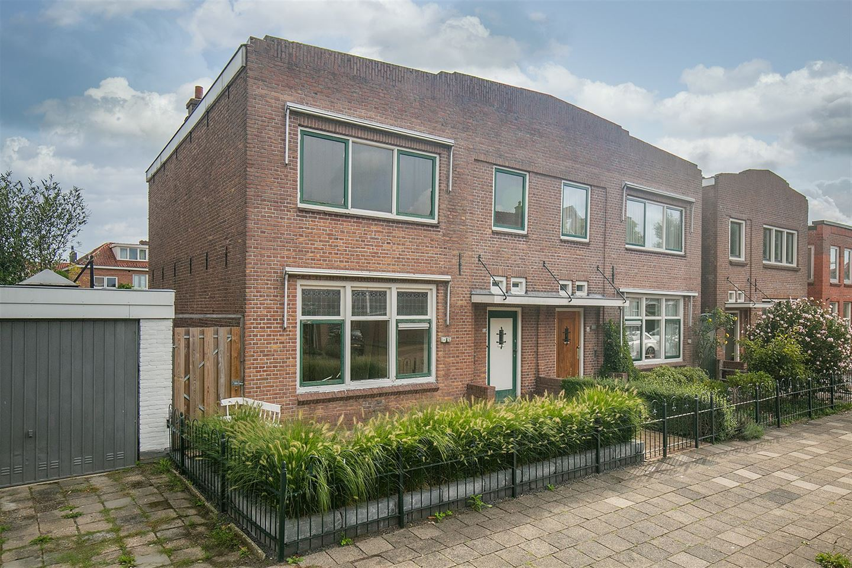 Bekijk foto 1 van Bloemstraat 34