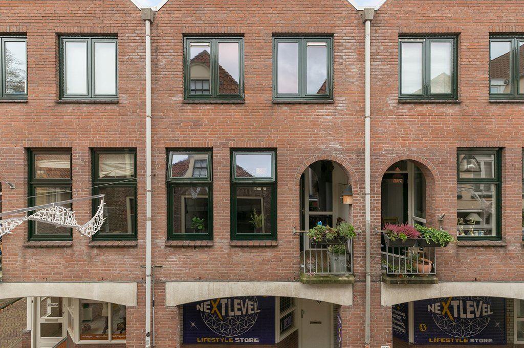 Bekijk foto 1 van Bitterstraat 56
